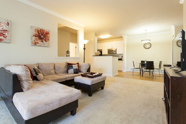 Silicon Valley Luxury 2BR/2BA Suite - Cupertino - Apartment