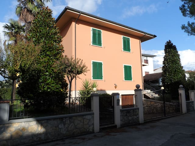Appartamento strategico - Altopascio - Apartament