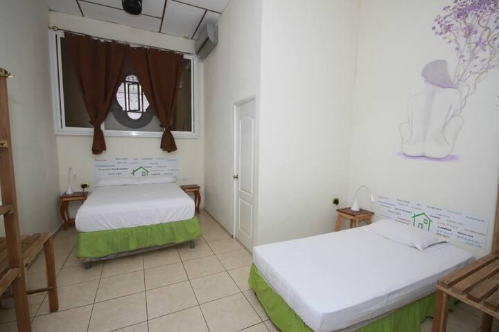 Casa Verde, habitación triple #3 - Santa Ana