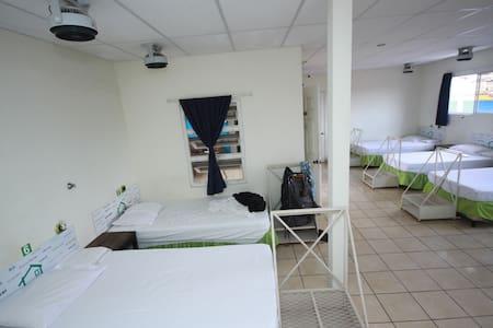 Casa Verde Dorm A - Santa Ana