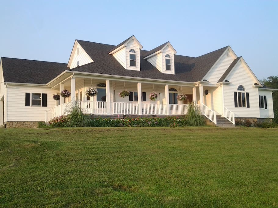 peaceful farm with amazing view houses for rent in versailles kentucky united states
