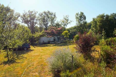 Huis in Touzac aan rivier Lot - Touzac