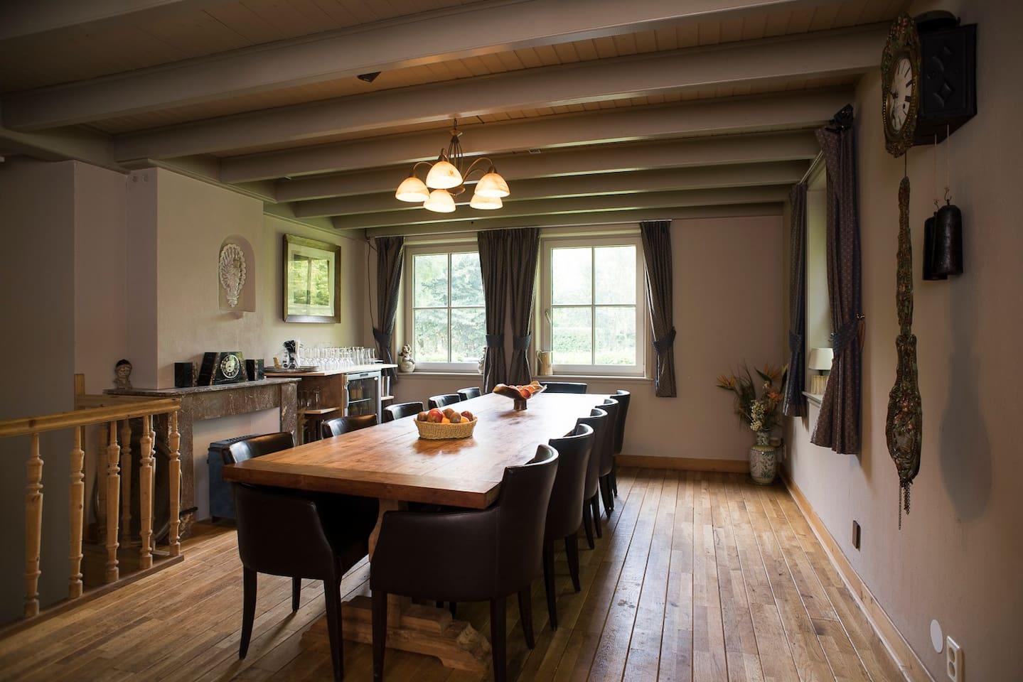 Etage met 4 slaapkamers in Herberg - Bed & breakfasts te Huur in ...