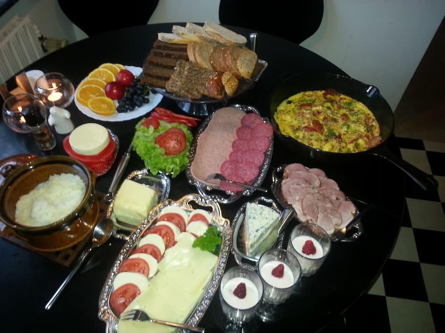 Breakfast at B&B Spøttrup, 7-9 AM, for 4 people at least