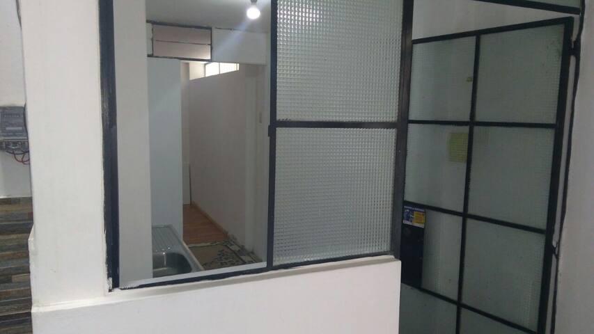 Habitacion Privada mas cocina y baño.