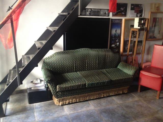 Meravigliosa casa-teatro vintage - San Giorgio a Cremano