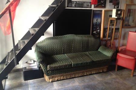 Meravigliosa casa-teatro vintage - San Giorgio a Cremano - Dům