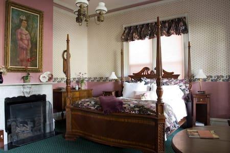 The Parlor Suite.