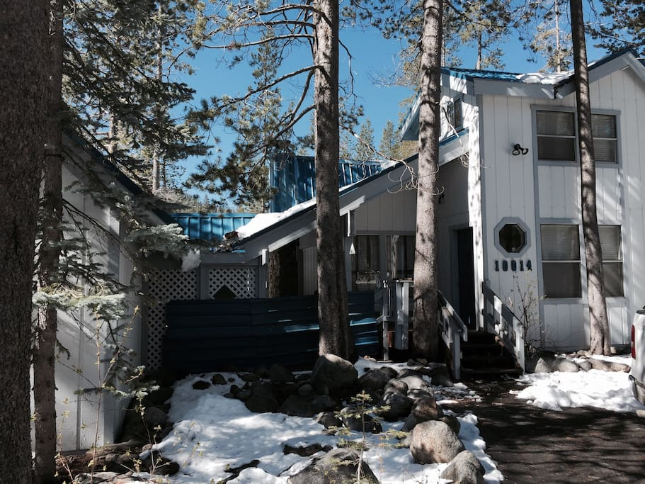 soda springs chat rooms Why rent two or more hotel rooms when you can rent our entire 5 bedroom/2 bath lodge check our availability calendar to view our other properties in soda springs.
