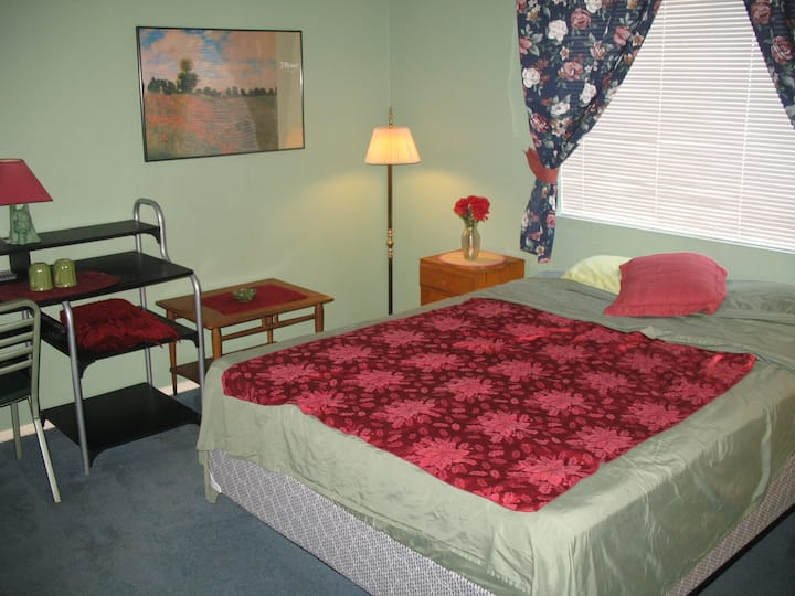 Big BNB room, free wifi, private bathroom