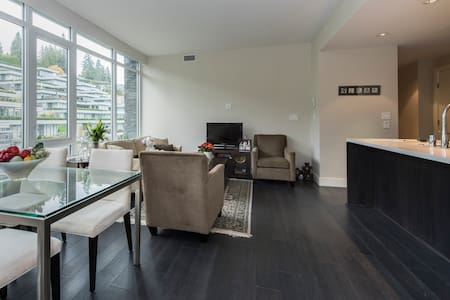 Bed and Breakfast in West Vanc - West Vancouver - Bed & Breakfast