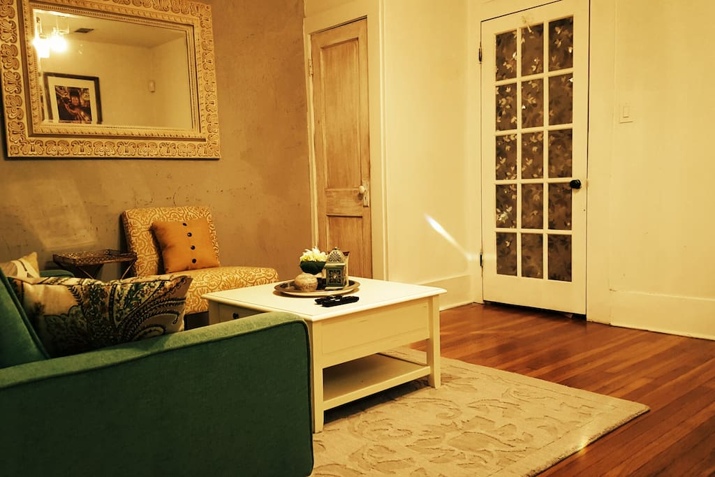 uptown vintage elegance apartments for rent in new orleans