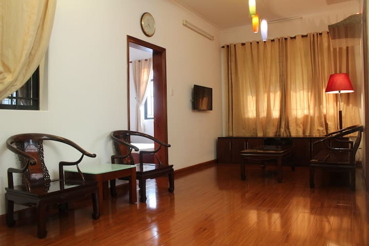 2 BRs entire Apt. Great location!! - Ho-Chi-Minh-Stadt - Wohnung