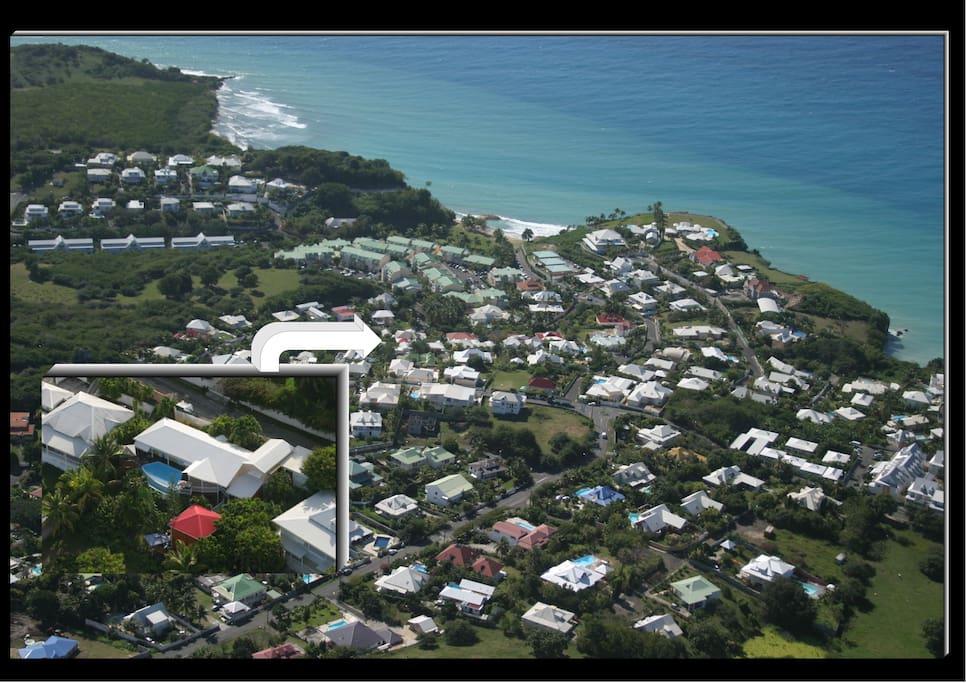 Vue aérienne du quartier résidentiel.