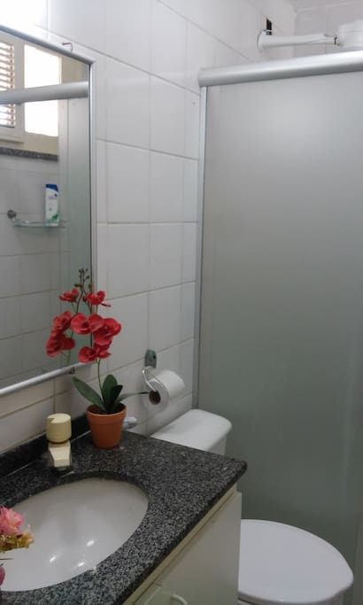 banheiro social completo