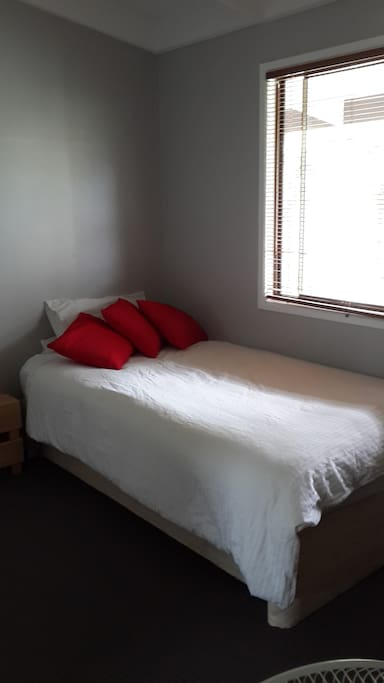 King Single room with trundle bed underneath