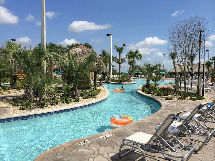 Champions Gate Resort new Townhome 2bd - Golf view