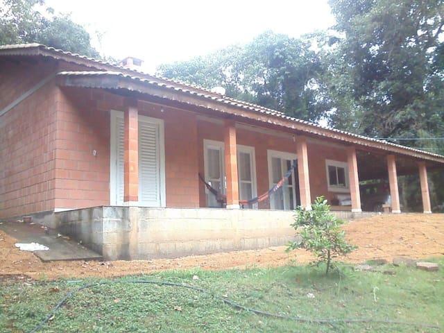 Terra Prometida Refúgio  e Tranquilidade - Joanópolis - Cabin