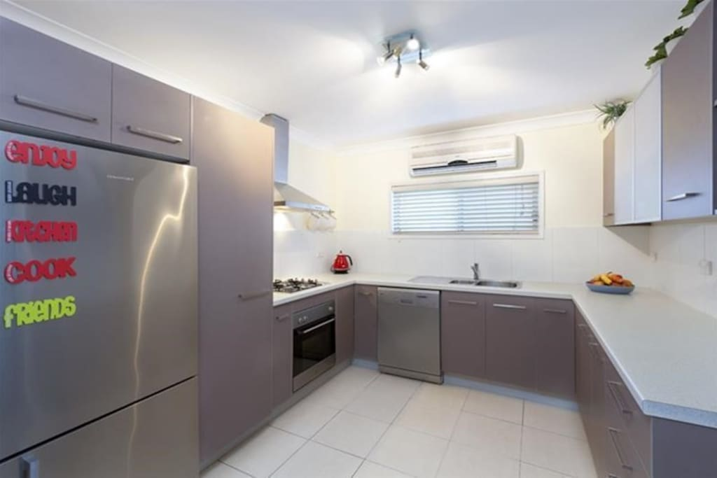 Kitchen, has everything you need! Fridge with water and ice dispenser, Dishwasher etc. Note: the kitchen was just remodelled in Oct 2016. Will add new photos shortly