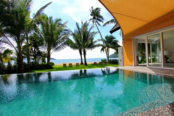 Absolute Beach Front Pool Villa 5 bedroom