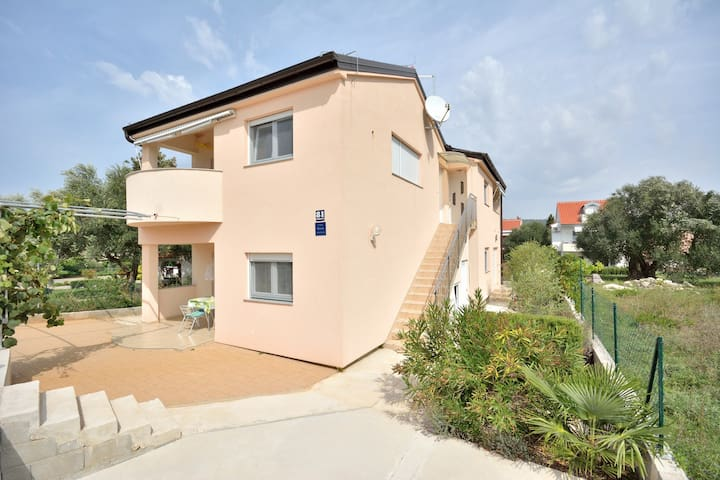 Top Apartman Alenka 28qm in Bibinje - Бибинье - Квартира