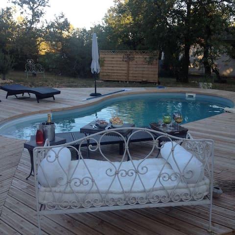 Chambres dans villa avec piscine, terrasse, jardin - Flaujac-Poujols - Villa