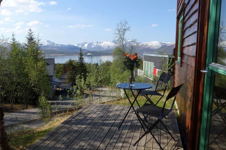 Modern apartment with great views in Tromsø