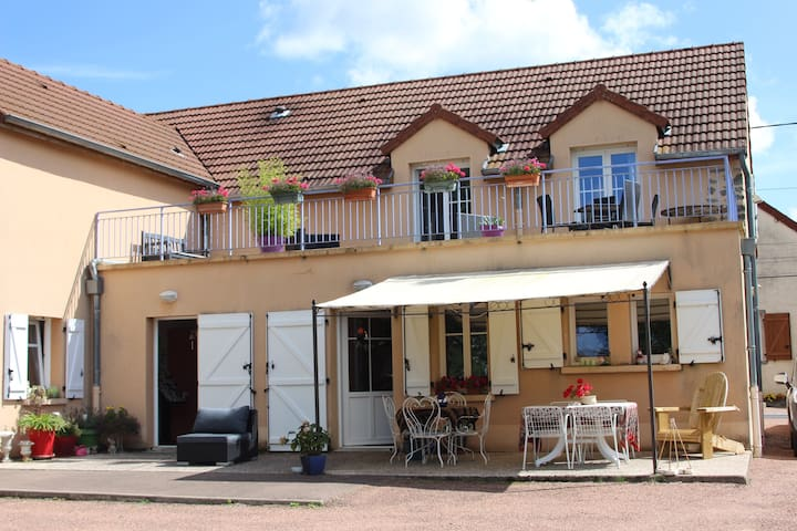 Au rendez vous de l'Auxois - Essey - Bed & Breakfast