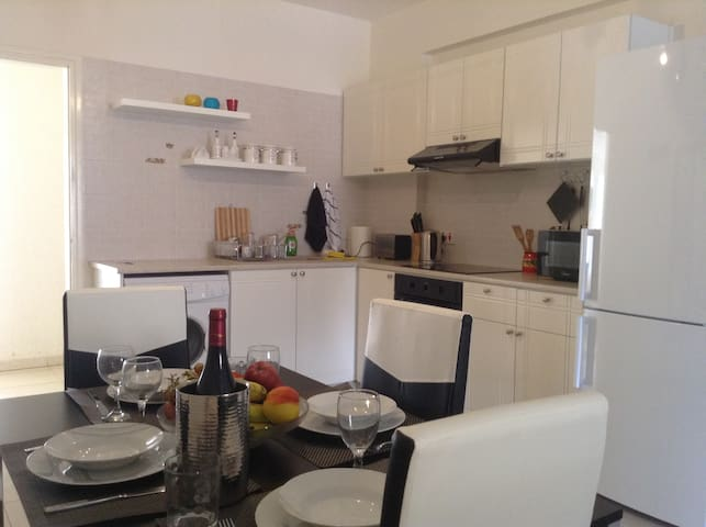 1 bdr ground floor apt  in Peyia - Paphos - Apartment
