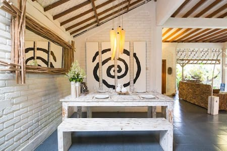 Lovely 2BR Villa with pool in Seminyak - Kuta
