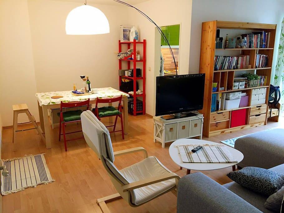 Esszimmer/Dining room
