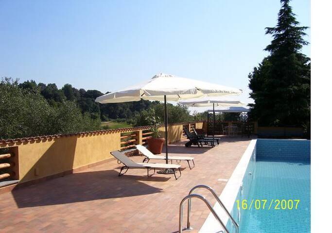 Bilocali in Residence con piscina - Passo Corese
