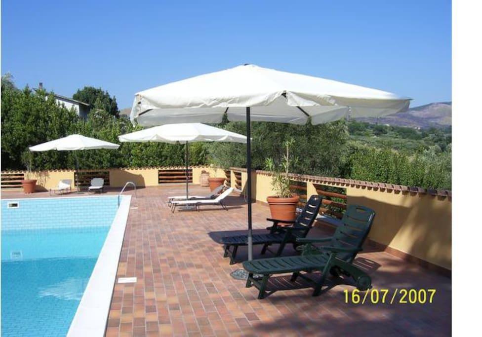 Bilocali in residence con piscina a passo corese for Piano del sito piscina