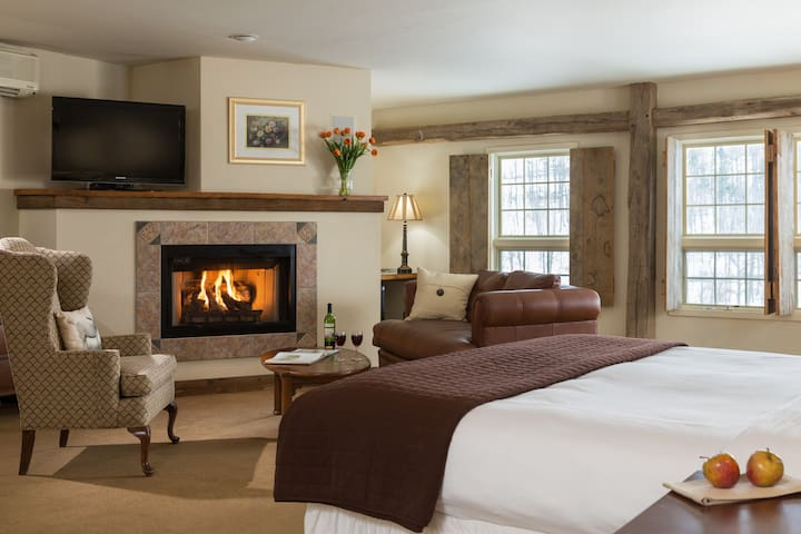 Glasbern - Historic Inn 150 Acre Farm & Restaurant - Fogelsville - Lainnya