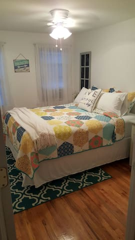 Beautiful apartment close to everything - Greenport - Apartamento