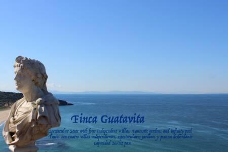 FINCA GUATAVITA 26/30 personas - Tarifa - Villa