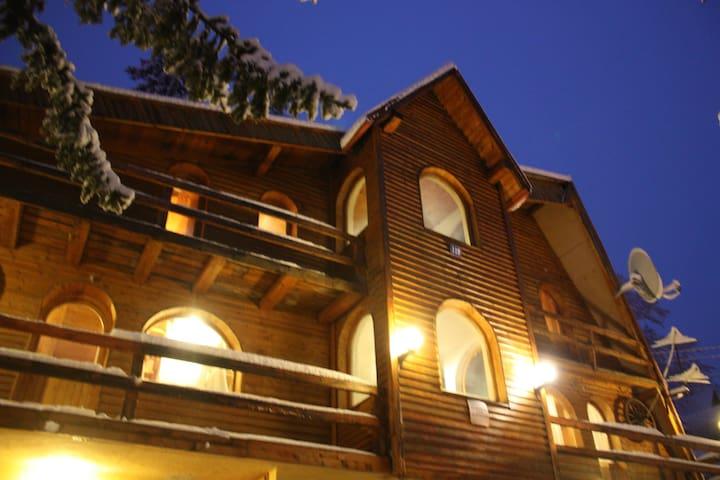 Jahorina apartments  Opusteno/for 6 - Lägenhet