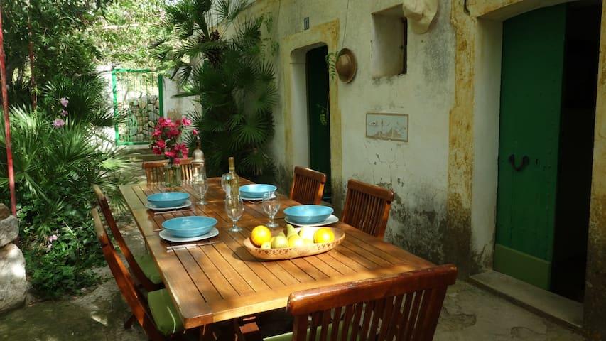 """Welcome to """"Casa Zaïzaïzaïzaï"""" ! - Andratx - House"""
