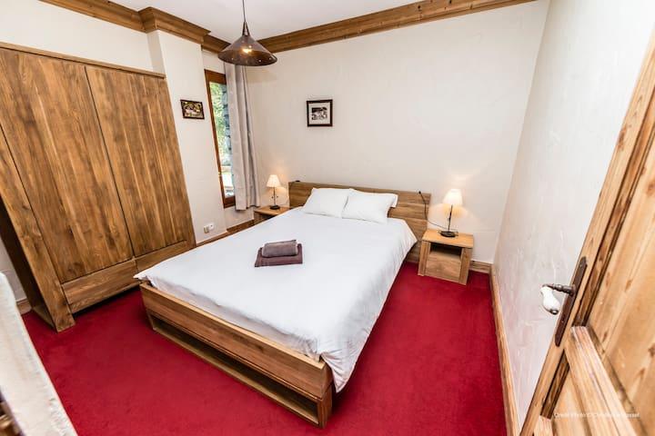 La chambre 1 et sont lit de 140*200
