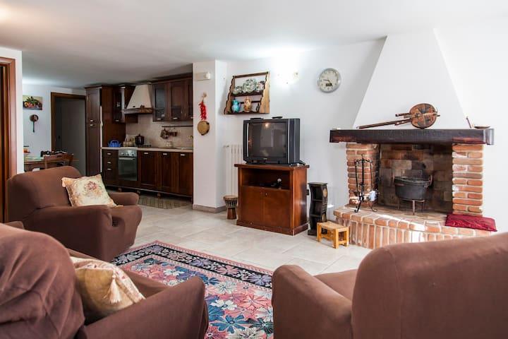 Appartamento a Taviano Economico - Taviano - Daire