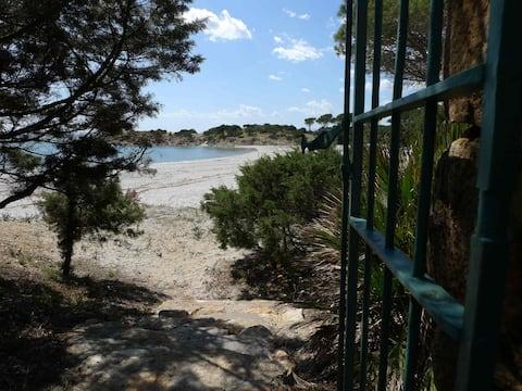 Casa na praia de CalaLiberotto