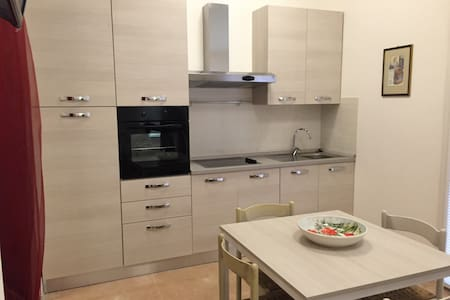 Intero appartamento in centro - Lägenhet