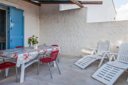 Casa vacanza a 2 passi da Gallipoli - Marina di Mancaversa