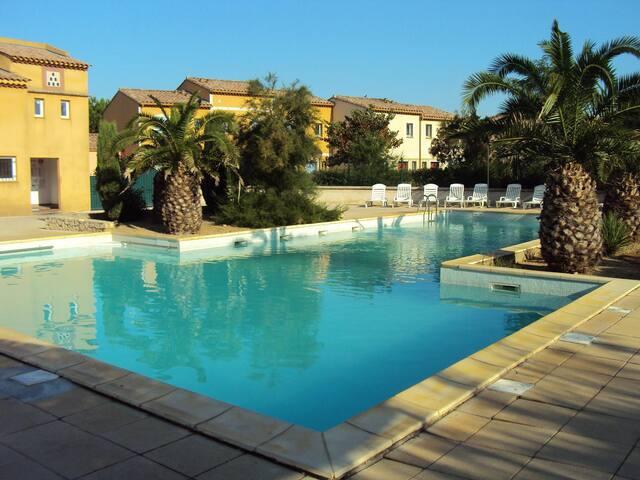 VILLA ARLES PROVENCE CAMARGUE - Arles - Villa