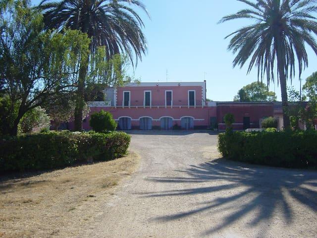 Casa con giardino in Masseria Storica