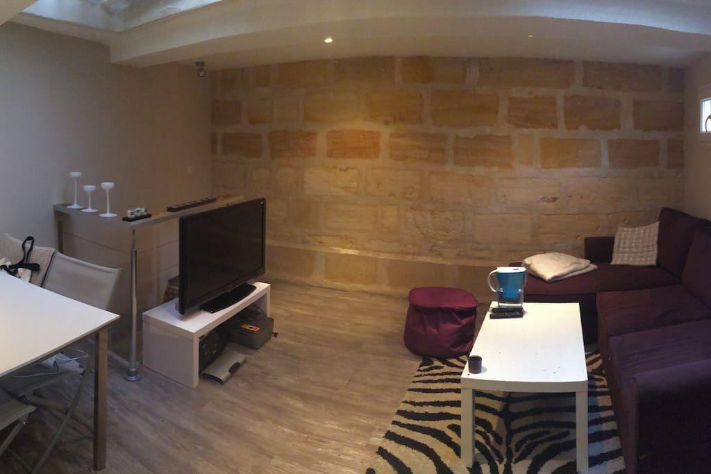 Appartement atypique apartmen untuk disewa di bordeaux for Appartement atypique
