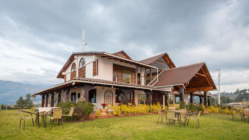 Hosteria PapaGayo Norte - Cayambe