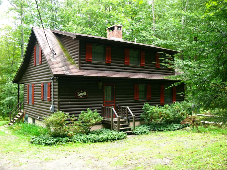 Charming delaware river front cabin cabins for rent in for Lake cabin rentals pennsylvania