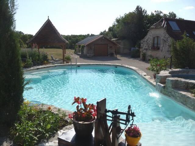 la Gariotte - Mas de Bouzou - Heated pool