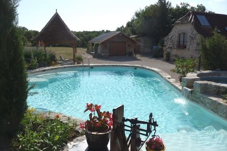 Pretty cottage with shared pool - 2 / 5 persons - Grèzes